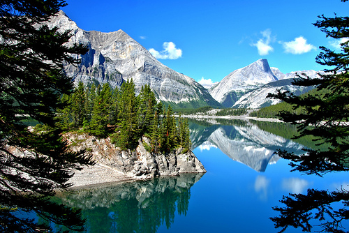 Calgary, Banff, Hinton, Kamloops, Whistler , Vancouver , Victoria