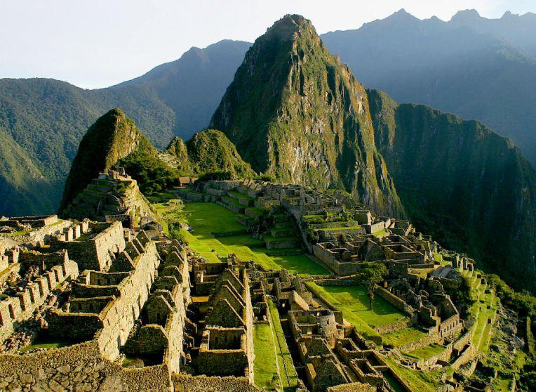 Lima , Cusco , Machu Picchu