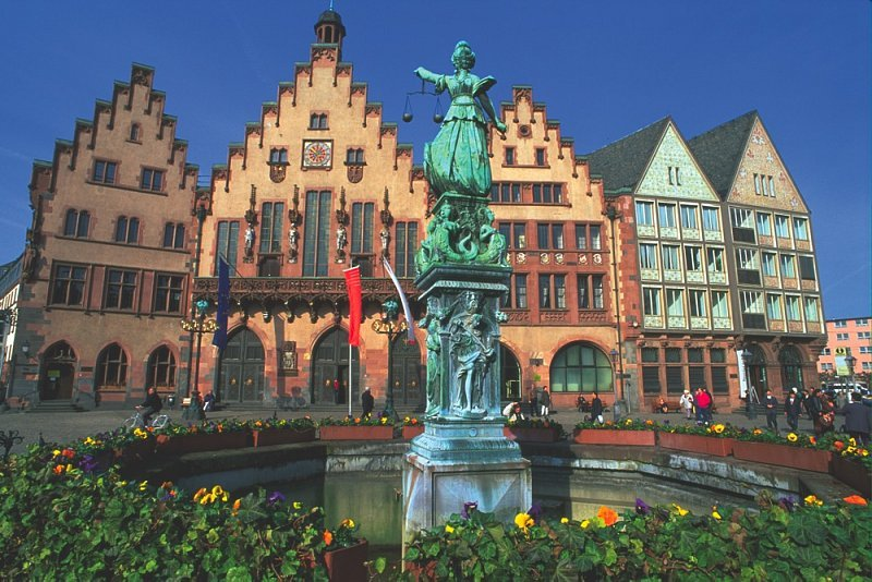 Frankfurt , Cologne , Bruselas , Brugge (bruges) , Gent , Amberes -Mechelen , Mechelen , Amsterdam , The Hague , Delft , Rotterdam , Luxemburgo