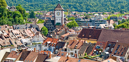 Frankfurt, Heidelberg, Friburgo, Titisee, Lindau-De, Fussen, Neuschwanstein, Oberammergau, Linderhof, Ettal, Garmisch Partenkirchen, Munique, Rothenburg, Coblence, Rudesheim, Speyer