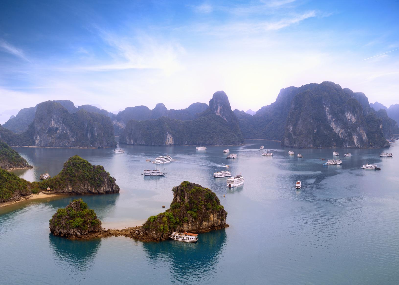 Danang , Hanoi , Hoi An , Hue , Sapa , Halong , Ciudad Ho Chi Minh , Lao Cai
