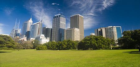 Melbourne , Cairns , Sydney