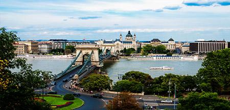 Viena , Budapeste , Bratislava , Praga , Berlim