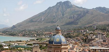 Roma, Naples , Pompeya , Sorrento , Capri , Palermo , Erice , Agrigento , Piazza Armerina , Ragusa , Noto , Siracusa , Taormina